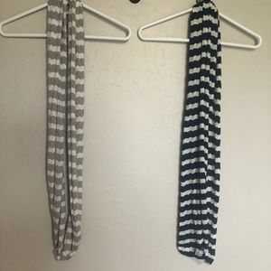 3/$10 set of 2 infinity scarves gray and navy